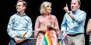 Ulf Kristersson, Ebba Busch Thor och Stefan Löfven vid förra årets pridefestival. Tomas Oneborg/SvD/TT / TT NYHETSBYRÅN