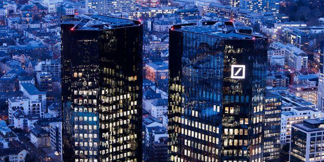 Deutsche Banks kontor i Frankfurt. Michael Probst / TT NYHETSBYRÅN/ NTB Scanpix