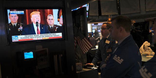Investerare på börsgolvet under Trumps tal. Seth Wenig / TT NYHETSBYRÅN