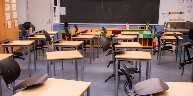 Tomt klassrum på Bygdøy skole i Oslo. Arkivfoto Fredrik Varfjell / TT NYHETSBYRÅN