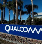 Qualcomm meddelade nyligen att de ska köpa tillbaka aktier fö 10 miljarder dollar. Mike Blake / TT NYHETSBYRÅN