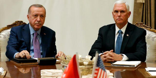 Erdogan under mötet med vicepresident Mike Pence i Ankara igår. HUSEYIN ALDEMIR / TT NYHETSBYRÅN