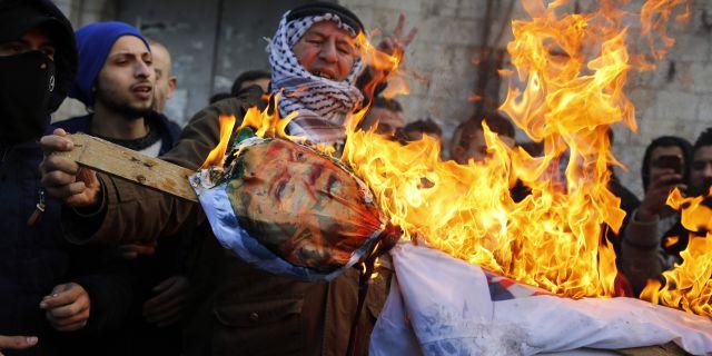 Palestinska protester mot Donald Trump. JAAFAR ASHTIYEH / AFP