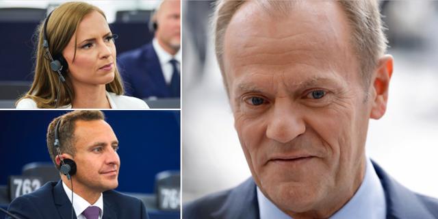 De svenska politikerna Sara Skyttedal (KD) och Tomas Tobé (M) intill Donald Tusk. TT