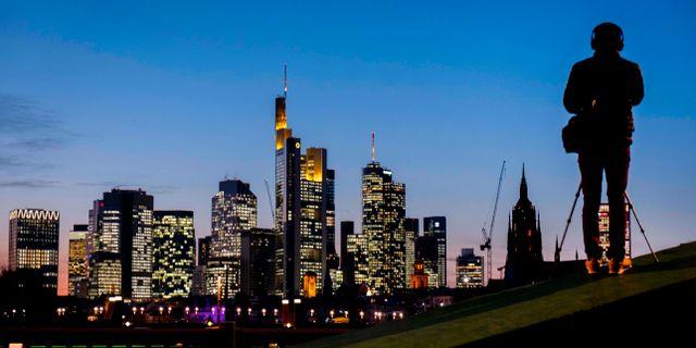 Illustrationsbild: Frankfurts skyline.  Michael Probst / TT NYHETSBYRÅN