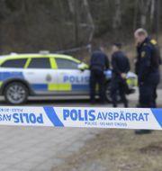 Arkivbild: Polis på plats efter en skottlossning  Pontus Lundahl/TT / TT NYHETSBYRÅN