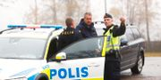 Poliser vid området runt Mulleberget i Ulricehamn. Thomas Johansson/TT / TT NYHETSBYRÅN