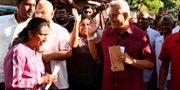 Rajapaksa lägger sin röst i valet under lördagen. LAKRUWAN WANNIARACHCHI / AFP