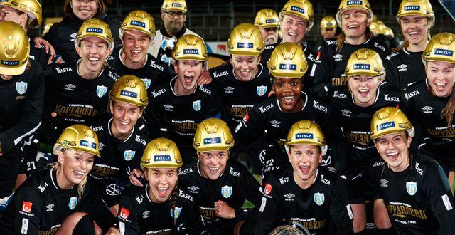 Göteborgs spelare jublar efter SM-guldet i november. MICHAEL ERICHSEN / BILDBYRÅN
