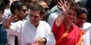 Rahul Gandhi med sin syster Priyanka Gandhi. SANJAY KANOJIA / AFP