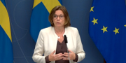 Isabella Lövin (MP) på torsdagens pressträff. Regeringen