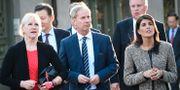 Utrikesminister Margot Wallström (S), Sveriges FN-ambassadör Olof Skoog och USA:s FN-ambassadör Nikki Haley under en stadsvandring i Lund. Johan Nilsson/TT / TT NYHETSBYRÅN