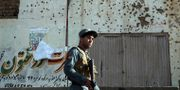 Arkivbild. Afghansk säkerhetstjänst nära platsen för ett självmordsdåd i Kabul, 29 oktober. Rahmat Gul / TT NYHETSBYRÅN