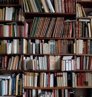 Böcker i en bokhylla. Janerik Henriksson/TT / TT NYHETSBYRÅN