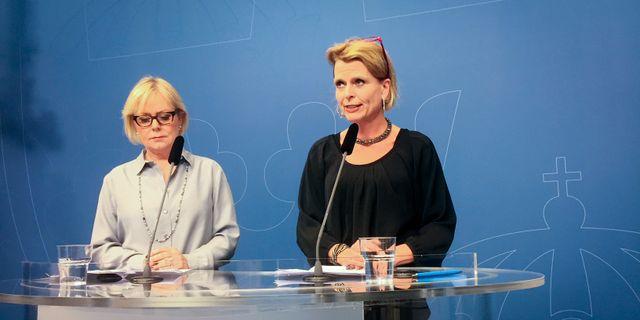 Myndighetens generaldirektör Lena Ag och regeringens före detta jämställdhetsminister Åsa Regnér Peter Wallberg/TT / TT NYHETSBYRÅN