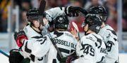Frölundas spelare jublar efter 5-0 under ishockeymatchen i SHL mellan Frölunda och Leksand. MICHAEL ERICHSEN / BILDBYRÅN