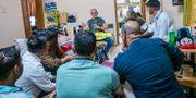 Johan Lindholm träffar migrantarbetare i Doha. Johan Ekström/Byggnads / Byggnadsarbetarförbundet