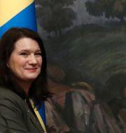 Linde och Lavrov. EVGENIA NOVOZHENINA / TT NYHETSBYRÅN