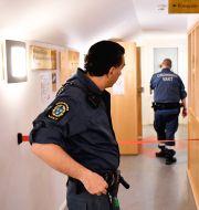 Huvudförhandling inleds i säkerhetssalen i Stockholm tingsrätt i mål om grov brottslighet i södra Stockholm Anders Wiklund/TT / TT NYHETSBYRÅN