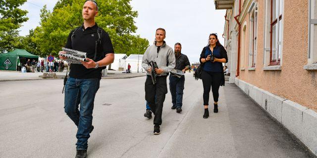 Medlemmar i Nordiska motståndsrörelsen på plats i Almedalen förra året.  Janerik Henriksson/TT / TT NYHETSBYRÅN