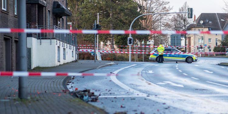 Fyra skadade när bil körde in i folkmassa i Tyskland ƒPlus