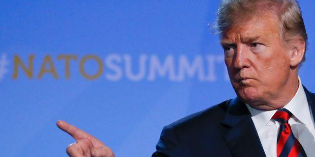Donald Trump vid presskonferensen i Bryssel på torsdagen.  YVES HERMAN / TT NYHETSBYRÅN