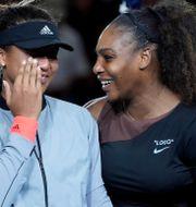 Naomi Osaka och Serena Williams efter finalen USA Today Sports / TT NYHETSBYRÅN