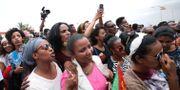 I veckan genomfördes en historisk flygning mellan Eritrea och Etiopien, människor samlades för att välkomna sina familjer. TIKSA NEGERI / TT NYHETSBYRÅN