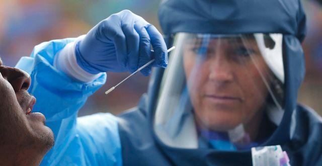 Coronavirustest. Rick Bowmer / TT NYHETSBYRÅN