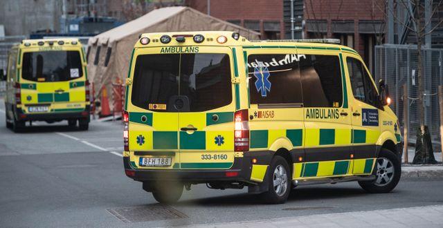 Ambulanser.  Anders Wiklund/TT / TT NYHETSBYRÅN