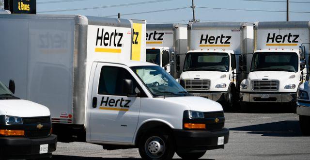 Arkivbild: Hertz hyrlastbilar på en parkering i kanadensiska Ottawa.  Justin Tang / TT NYHETSBYRÅN
