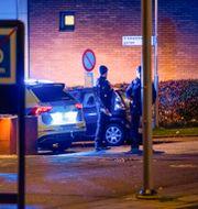 Polisen vid högskolan. Johan Valkonen/TT / TT NYHETSBYRÅN