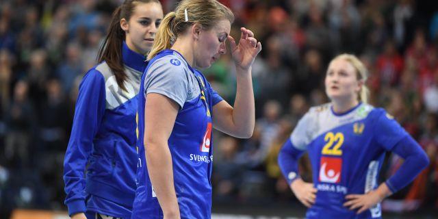 Isabelle Gulldén deppar efter förlusten. Henrik Montgomery/TT / TT NYHETSBYRÅN