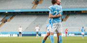 Malmös Jo Inge Berget och Malmös Adi Nalic jublar efter 2-1 under onsdagens allsvenska fotbollsmatch mellan Malmö FF och Örebro SK Anders Bjurö/TT / TT NYHETSBYRÅN