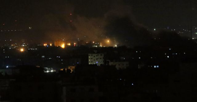 Raketattacker mot Gazaremsan i tisdags. Illustrationsbild. Adel Hana / TT NYHETSBYRÅN