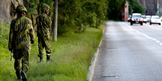 Arkivbild: Livgardet övar 2007. PONTUS LUNDAHL / TT / / TT NYHETSBYRÅN