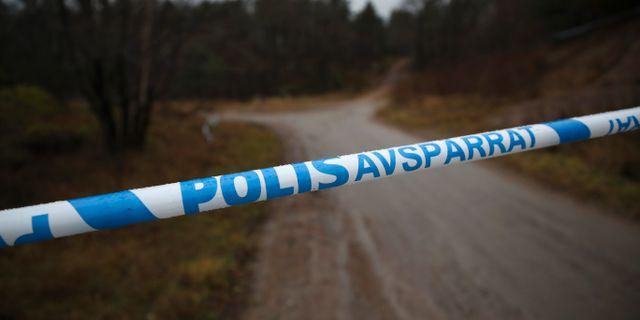 Polisen har spärrat av ett skogsområde utanför Uddevalla. Adam Ihse/TT / TT NYHETSBYRÅN