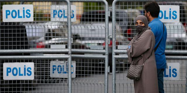 Saudisk man maste skaffa pass at dotter
