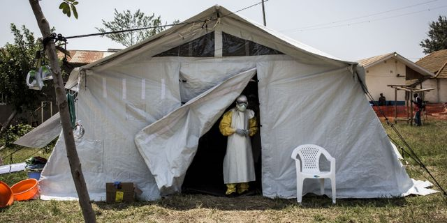 Hälsoarbetare i Kongo-Kinshasa. JOHN WESSELS / AFP