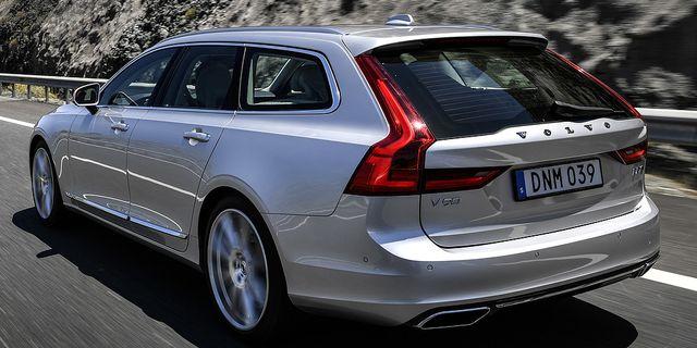Volvo salde farre bilar forra aret