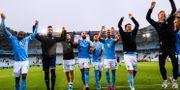 Malmö FF:s spelare jublar efter fotbollsmatchen i mot Falkenberg LUDVIG THUNMAN / BILDBYRÅN