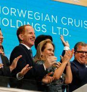 Norwegian Cruise Lines vd Frank Del Rios ersättning fördubblades till 36,4 miljoner dollar samtidigt som intäkterna rasade med 80 procent. Richard Drew / TT NYHETSBYRÅN