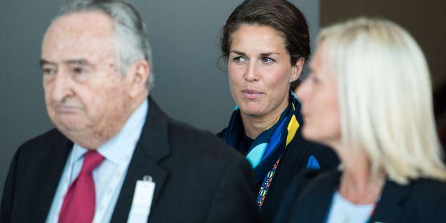 Maria Pietilä Holmner (mitten) är med i den svenska delegationen. JOEL MARKLUND / BILDBYRÅN