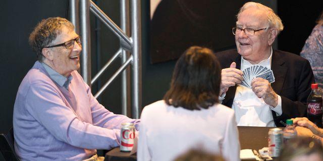 Bill Gates, till vänster. Warren Buffett till höger. Nati Harnik / TT NYHETSBYRÅN