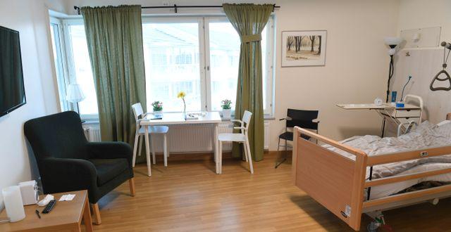 Ett rum på ett äldreboende. Fredrik Sandberg/TT / TT NYHETSBYRÅN