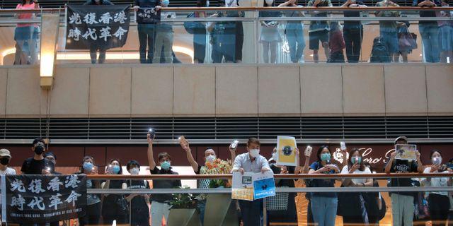 Protester mot den nya lagen i Hongkong. Kin Cheung / TT NYHETSBYRÅN
