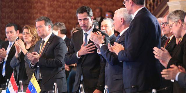 Oppositionsledaren Juan Guaidó möter Limagruppen. Martin Mejia / TT NYHETSBYRÅN/ NTB Scanpix