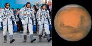 Astronauterna Hazza Almansoori, Oleg Skripochka och Jessica Meir samt en bild på planeten Mars.  TT/AP