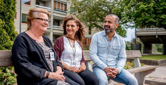 Anna-Carin Lundblad, Sala Nazzal och Jehan Monsour från Gårdstensbostäder. Adam Ihse/TT / TT NYHETSBYRÅN