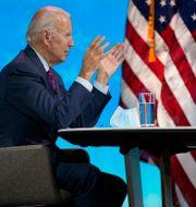 Joe Biden under ett virtuellt möte.  Andrew Harnik / TT NYHETSBYRÅN